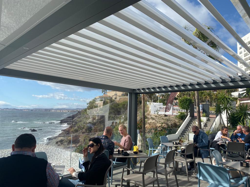 pergola-bioclimatica-restaurante14