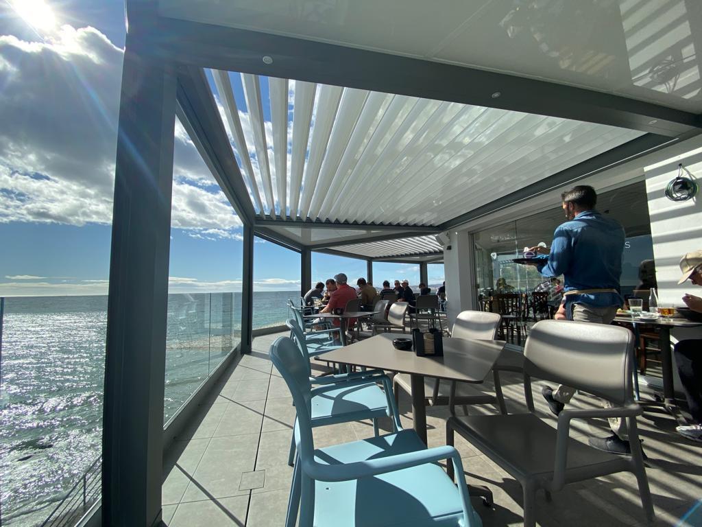 pergola-bioclimatica-restaurante15