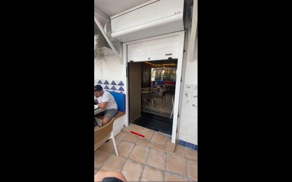 puerta automática y persiana de seguridad en Marbella